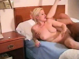 Amateur blondie gets pounded and filled up