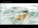 Alessia Marcuzzi buco del culo in piscina