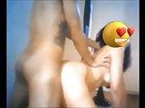 Panhando a Isabela de quatro, goza gostoso na hora do gol