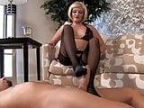 Mistress Skyler feet worship