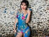Thaliana Paint Shower Photoshoot
