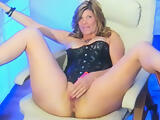 Beautiful mature milf on cam(no sound)