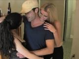 Delicious Vanessa Vixon gets crotch licked