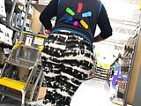 Thick Wal-mart Worker