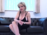 Adulterous uk milf lady sonia shows her big breasts1919XPE