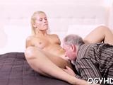 Succulent blonde gf enjoys lever in her cave