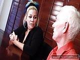 Sexunterricht vom Pornostar so besorgt man es ihr richtig