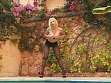 Sue Wayland in wet jeans