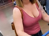 Bra less MILF with nice tits.