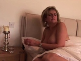 Unfaithful uk milf lady sonia displays her big tittie87AqP