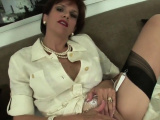 Adulterous uk milf lady sonia unveils her huge knocke67pnf