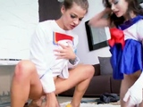 Nerdy teen bj Cosplay Queens