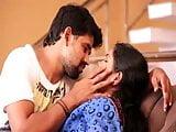 aunty hot romance in saree
