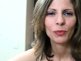 Mature handjob amateur in spex facialized