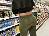 Candid tight jeans big bubble butt